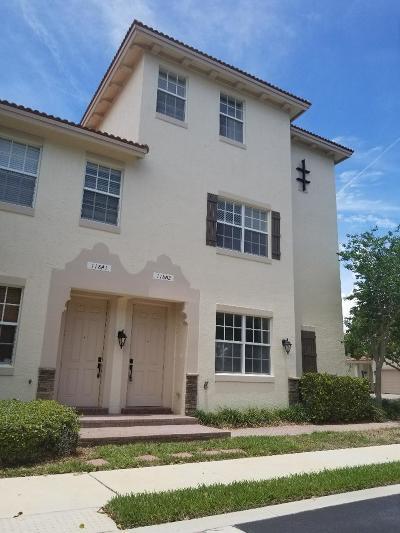Delray Beach FL Condo For Sale: $199,000