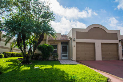 Boca Raton Townhouse For Sale: 18800 Haywood Terrace #8