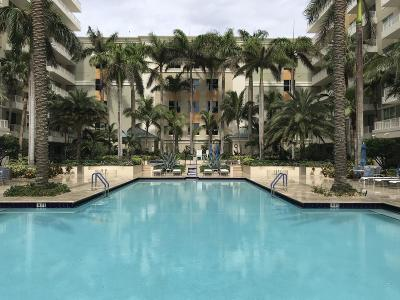 Boynton Beach Condo For Sale: 700 E Boynton Beach Boulevard #109