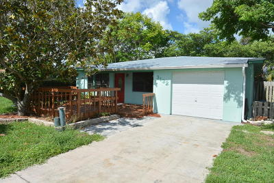 Jensen Beach Single Family Home For Sale: 3132 NE Spruce Ridge Avenue