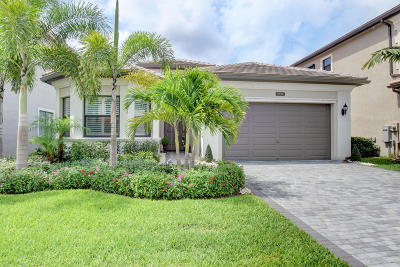 Delray Beach Single Family Home For Sale: 9494 Eden Roc Court