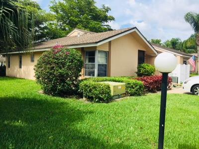 Boca Raton FL Single Family Home For Sale: $189,000