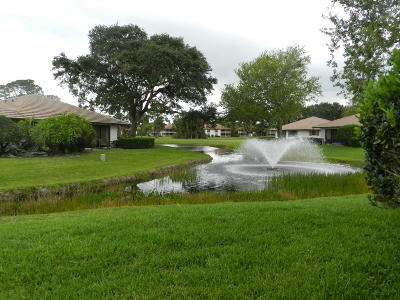 Palm Beach Gardens Single Family Home For Sale: 805 Club Drive