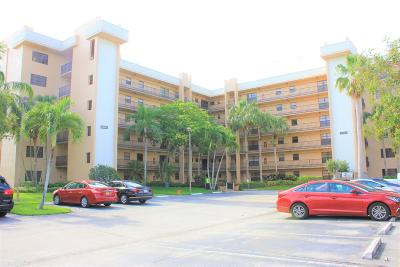 Lake Worth Condo For Sale: 4700 Lucerne Lakes Boulevard #101