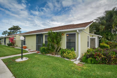 West Palm Beach Single Family Home For Sale: 4275 Willow Pond Circle #A