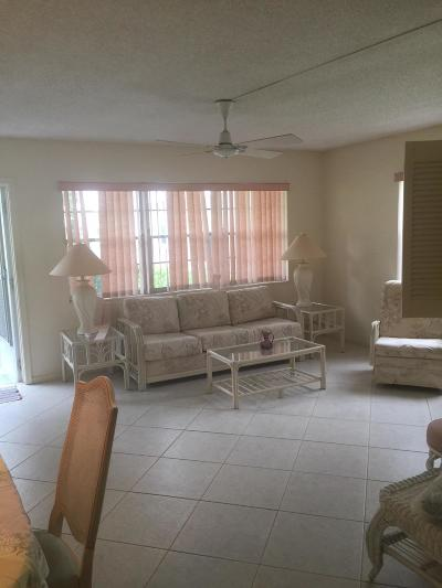 West Palm Beach Condo For Sale: 224 Sussex L