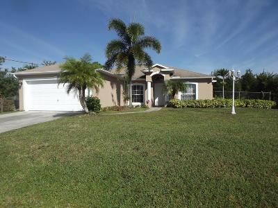 Port Saint Lucie Single Family Home For Sale: 1681 SW Gadsan Avenue