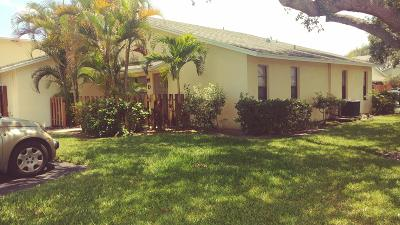 Jupiter FL Condo For Sale: $220,000