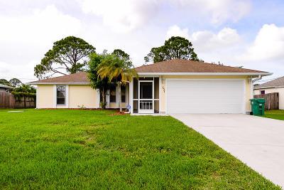 Port Saint Lucie Single Family Home For Sale: 557 SW Twig Avenue