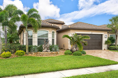 Boynton Beach Single Family Home For Sale: 8670 Cathedral Peak Court