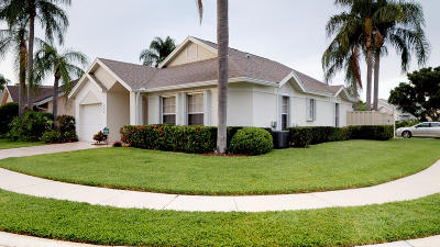 Jupiter Single Family Home For Sale: 263 Moccasin Trail W