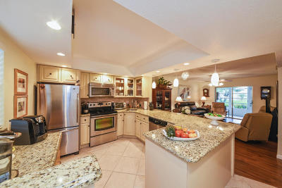 Boynton Beach Condo For Sale: 130 NE 26th Avenue #106