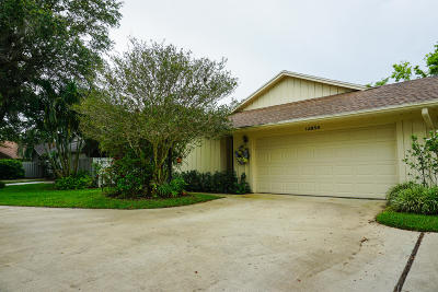 Hobe Sound Townhouse For Sale: 12856 SE Pinehurst Court