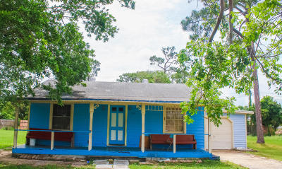 Greenacres Single Family Home For Sale: 116 Swain Boulevard