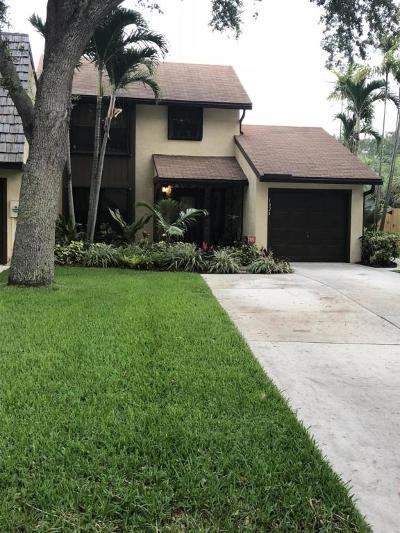 Palm Beach Gardens Townhouse For Sale: 1024 Raintree Drive