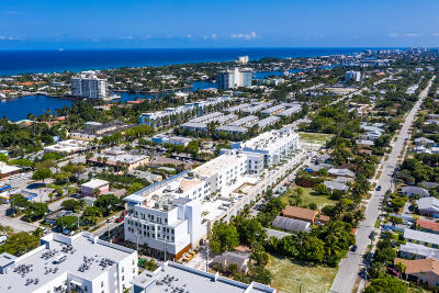 Delray Beach Condo For Sale: 236 SE Fifth Avenue #300