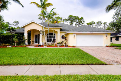 Stuart Single Family Home For Sale: 8021 SW Yachtsmans Drive