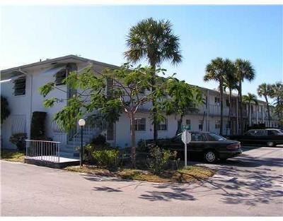 Delray Beach Condo For Sale: 2340 SW 22nd Avenue #304