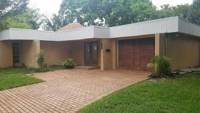 Tamarac Single Family Home For Sale: 6307 Wax Myrtle Circle