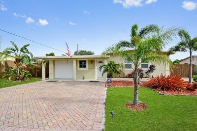 Pompano Beach Single Family Home For Sale: 294 NE 45th St Street
