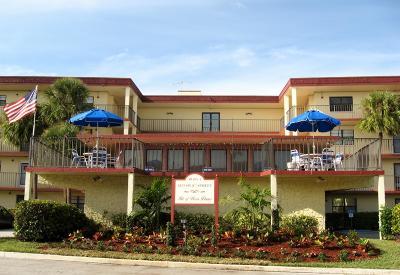 Boca Raton, Delray Beach, Boynton Beach Condo For Sale: 9233 SW 8th Street #207
