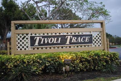 Deerfield Beach Condo For Sale: 567 Tivoli Trace Circle #105