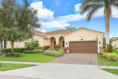 Delray Beach Single Family Home For Sale: 15740 Glencrest Avenue
