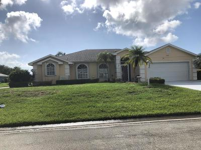 Fort Pierce Single Family Home For Sale: 6824 Bronte Circle W