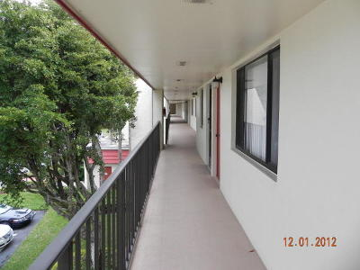 Lake Worth Condo For Sale: 4387 Trevi Court #307