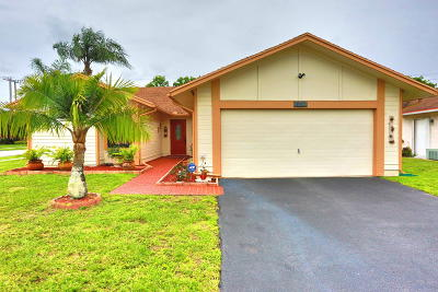 Lake Worth Single Family Home For Sale: 7730 Cedro Court