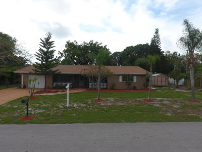 Fort Pierce Single Family Home For Sale: 2730 Fairway Drive