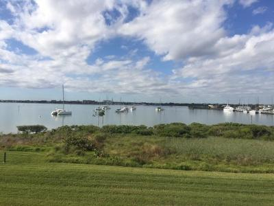 Fort Pierce Condo For Sale: 31 Harbour Isle Drive W #202