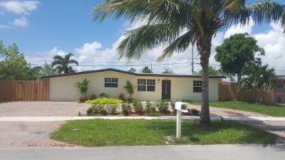Broward County, Palm Beach County Single Family Home For Sale: 5829 Nottingham Road