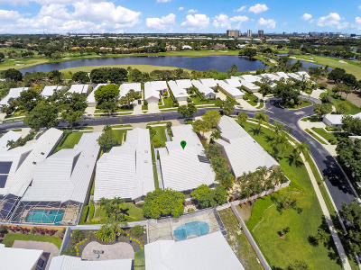 West Palm Beach Single Family Home For Sale: 2313 Saratoga Bay Drive