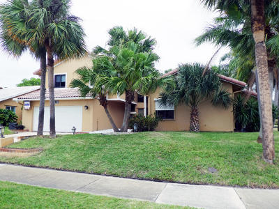 Boca Raton Single Family Home For Sale: 4865 Sugar Pine Drive