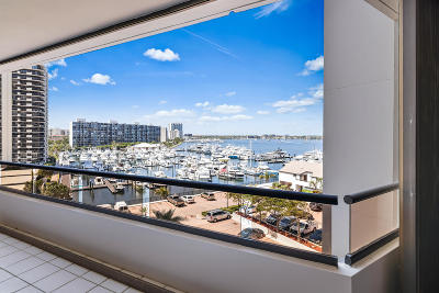 North Palm Beach Condo For Sale: 100 Lakeshore Drive #554