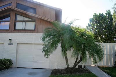 Boca Raton Townhouse For Sale: 9550 Boca Gardens Parkway #B