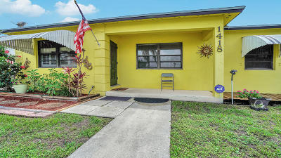 Lake Worth Single Family Home For Sale: 1418 Tropical Drive