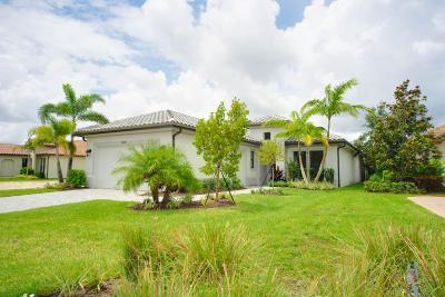 West Palm Beach Single Family Home For Sale: 6713 Sparrow Hawk Drive