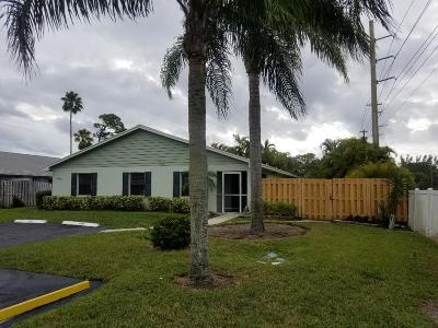 Lake Worth Single Family Home For Sale: 4402 Walden Circle