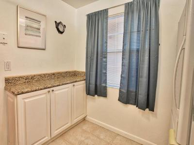 Delray Beach Condo For Sale: 921 Gardenia Drive #472
