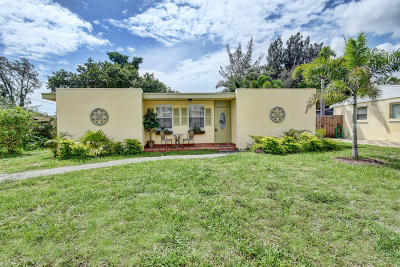 Lake Worth Single Family Home For Sale: 432 Waseca Drive
