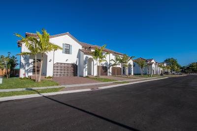 Greenacres Townhouse For Sale: 3185 Santa Catalina Place