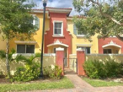 Townhouse For Sale: 2905 Hidden Hills Rd Road #2202