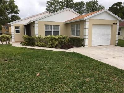 West Palm Beach Single Family Home For Sale: 1250 Pine Sage Circle
