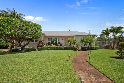 West Palm Beach Single Family Home For Sale: 303 Valley Forge Road