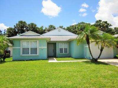 Fort Pierce Single Family Home For Sale: 6155 Alexandria Circle