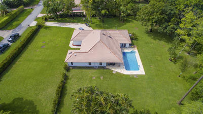 Wellington Single Family Home For Sale: 14738 Horseshoe Trace