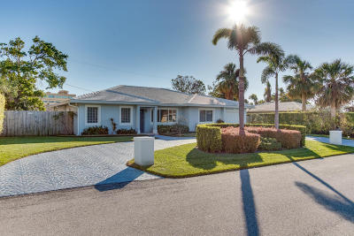 Singer Island Single Family Home For Sale: 1271 Yacht Harbor Drive