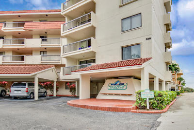 North Palm Beach Condo For Sale: 300 Golfview Road #502